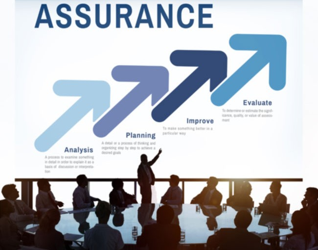 Meeting with a slideshow about assurance